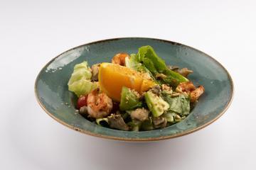 Салат с креветками и рапаном